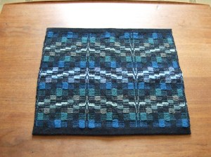 Blue/Green colorway using the 8-5-3-2 treadling sequence