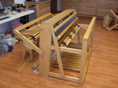 Herald loom