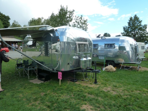 more vintage Airstreams!
