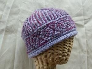 2 hats alike - Ondine pink/gray multi & Cascade 220 pale lavender