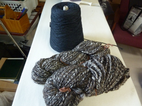 handspun alpaca & lambswool with black Zephyr 4/8