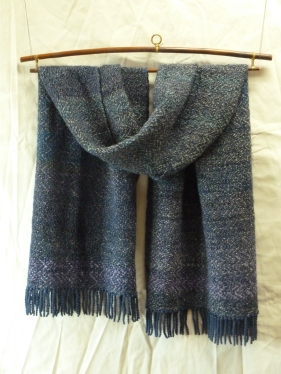 4 Indigo warp 3 fibers one colored