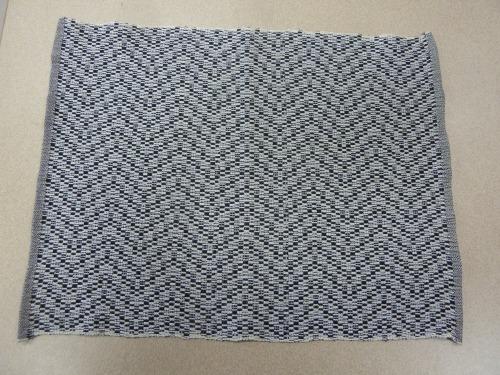 black&white mat a
